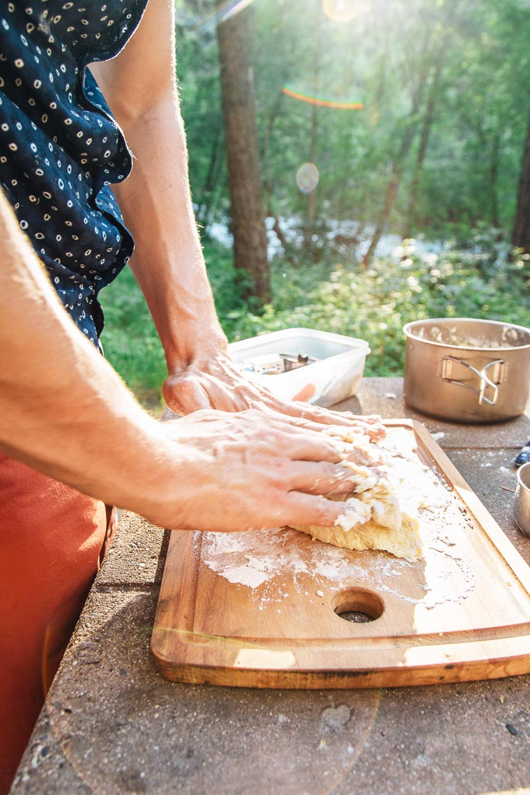 Make pizza night a new camping tradition! We break down how to make pizza (from scratch!) on your next camping trip.