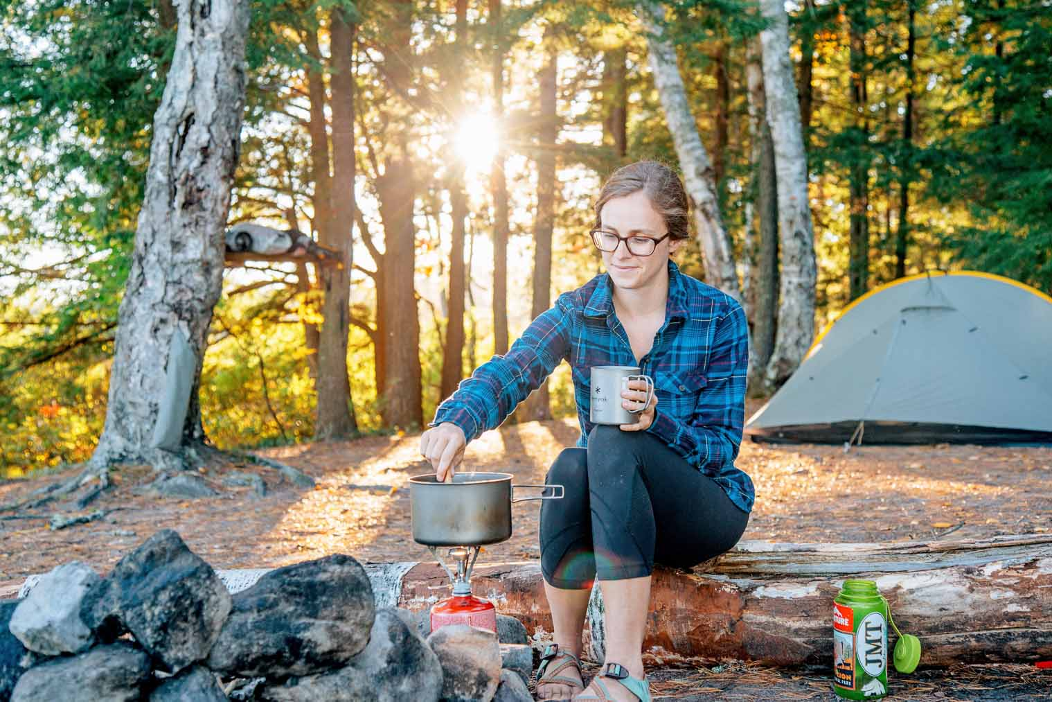 Hot, spicy and thoroughly filling, this one pot homemade backpacking meal is a great way to warm up at the end of a day.