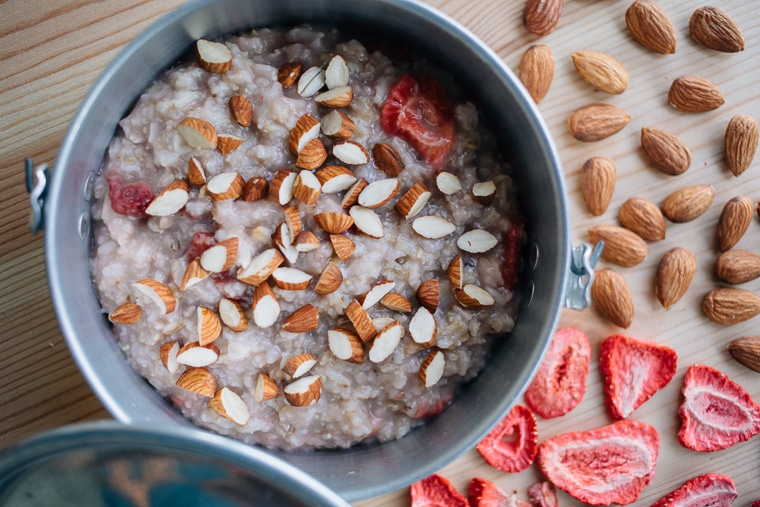 Backpacking Strawberry Almond Oatmeal