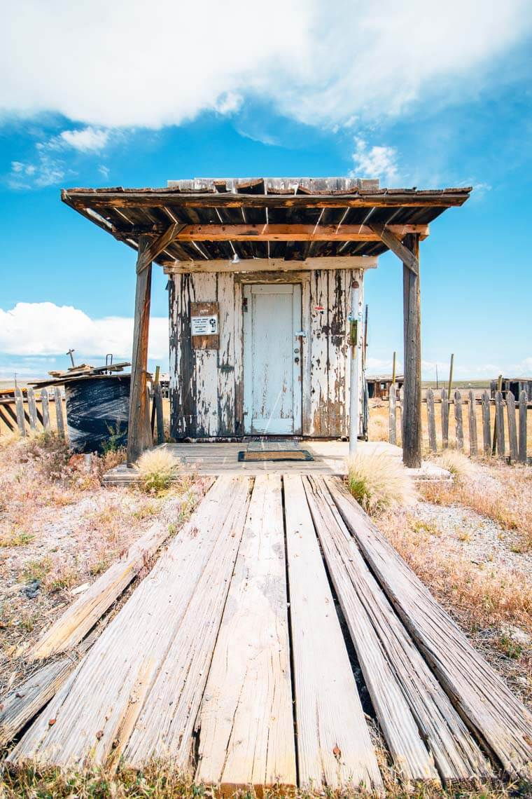 An abandoned building at the Cisco ghost town
