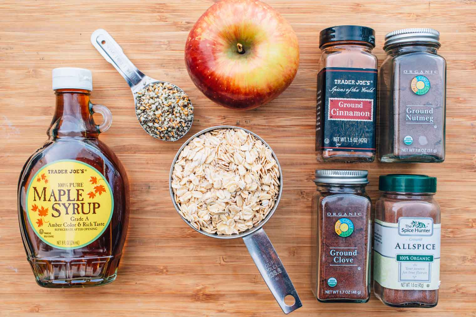 Oats and spices for oatmeal
