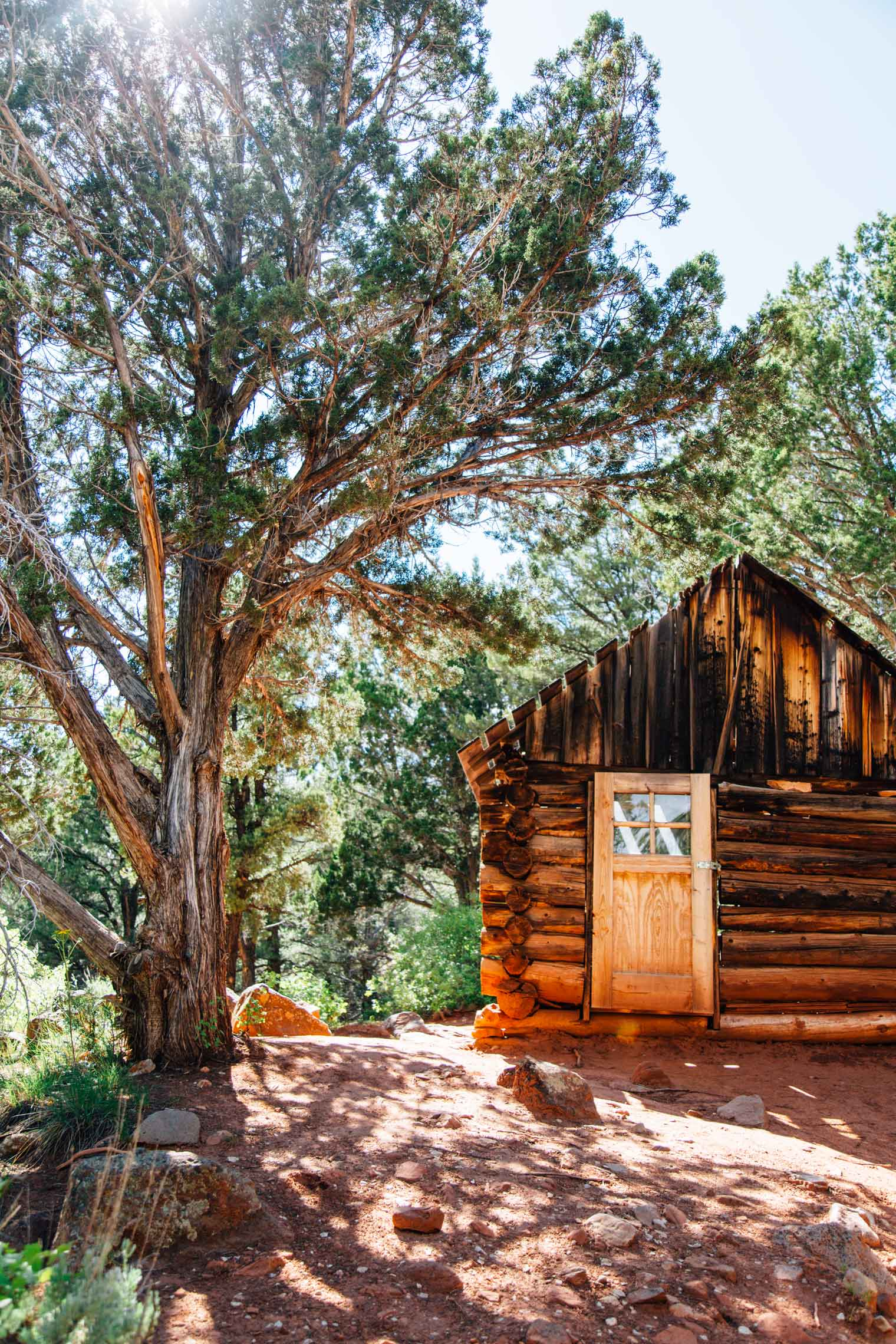 A wooden cabin in Kolob Canyon