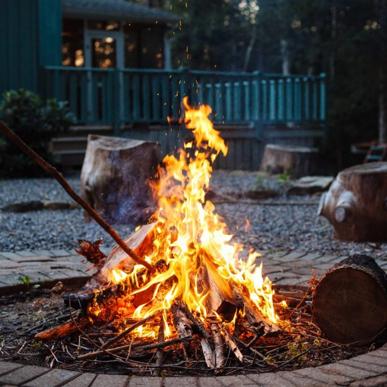 How to Plan a Memorable Backyard Camping Trip