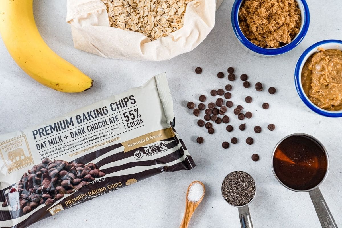 Ingredients for granola bites
